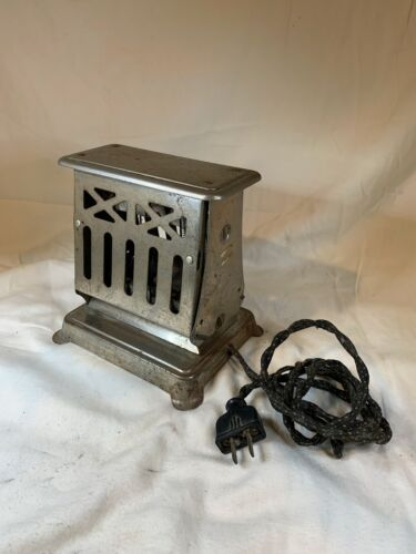 Vintage 1910 Toaster WORKS with Cord D770