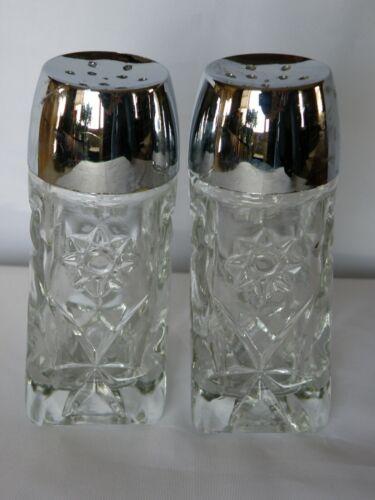 Set of 2 Vintage Anchor Hocking EAPC Early American PRESCUT Salt/Pepper Shakers
