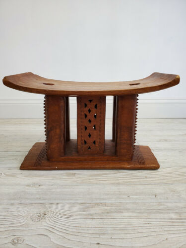 Vintage 1970s Hand Carved Wooden African Ashanti Chief Stool / Throne /m