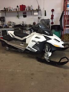 Reduced price 4 stroke skidoo