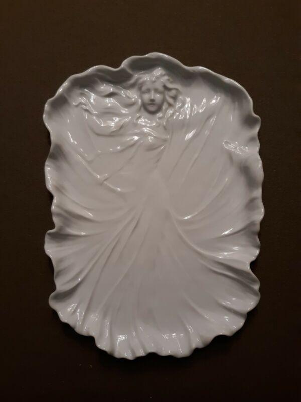 "Art Nouveau Platter/Tray Tettau ""Antiquariat"" - Königlich Tettau - Germany"
