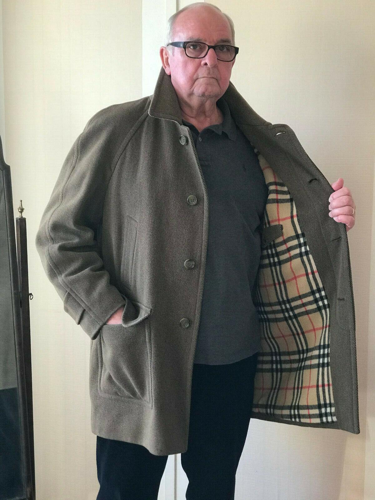 Manteau 3/4 burberrys kaki taille 52/54 parfait état prix baissé