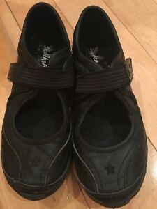 Girls Sketchers Shoes Size 3