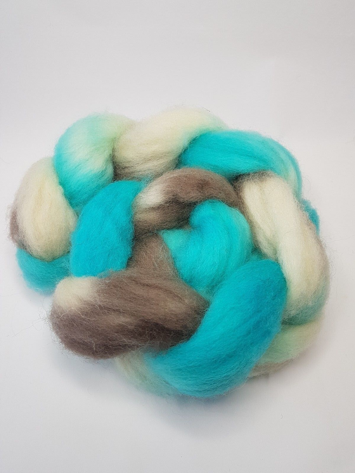 как выглядит Hand dyed Jacob roving, wool top, 100 g, COASTAL DREAM фото