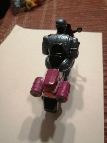 Figurine robocop sur sa moto