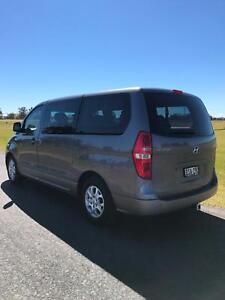 2010 Hyundai iMAX Turbo Diesel - CHEAP!! - 8 SEATER!!