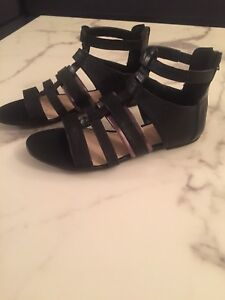 Nine West Gladiator Sandals Size 7.5