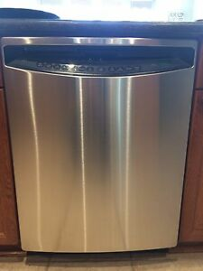 GE Profile Dishwasher  Windsor Region Ontario image 1
