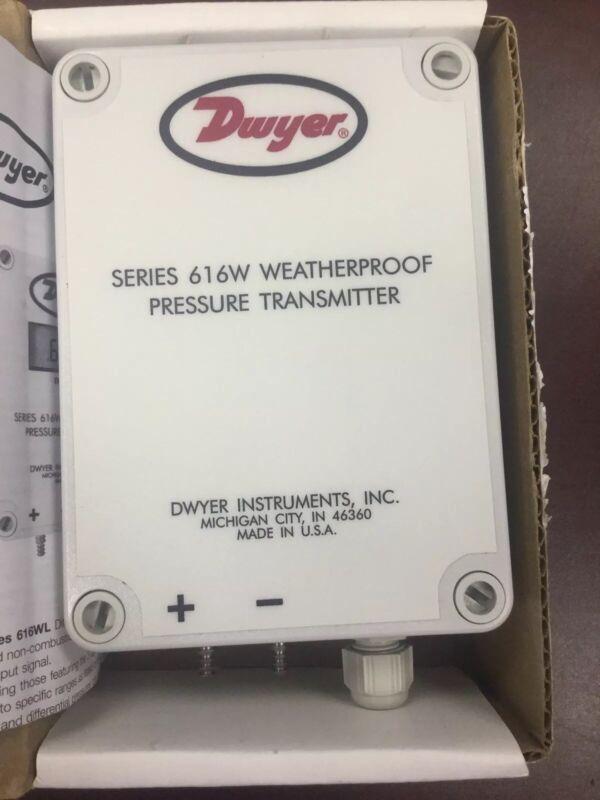 Dwyer 616WL-32 Weatherproof Differential Pressure Transmitter