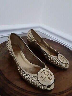 Tory burch shoes Short Heel Gold Woven Leather Size 6