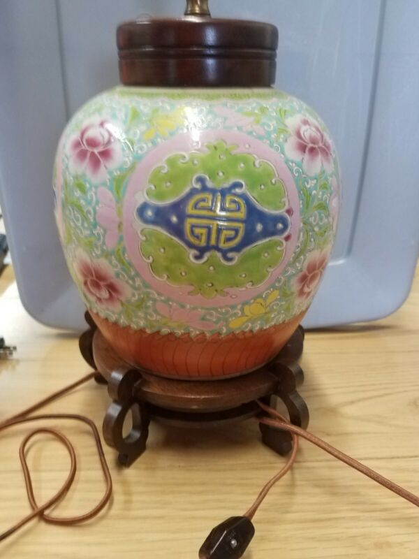 Chinese Famille Jaune Green Ginger Jar Table Lamp Qing Dynasty