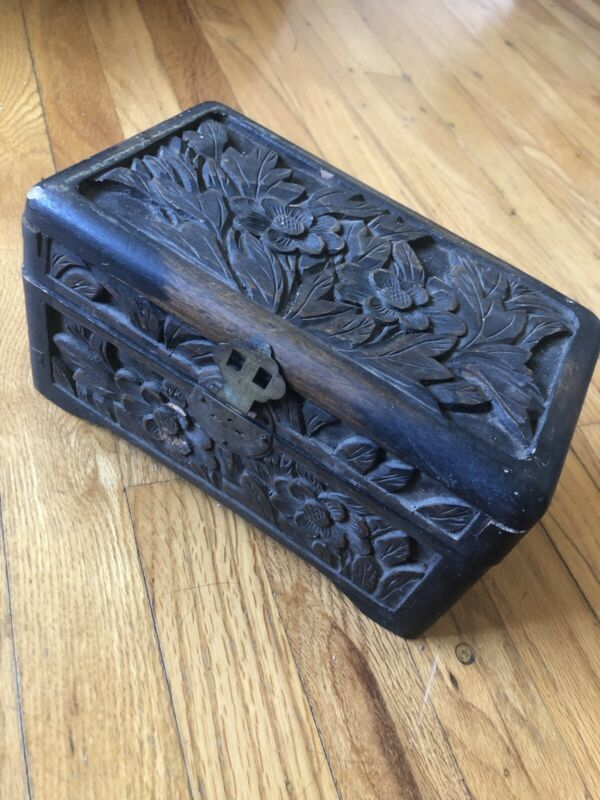Vintage Antique Chinese Pre-war Hand Carved Fragrant Wood Box With Flowers