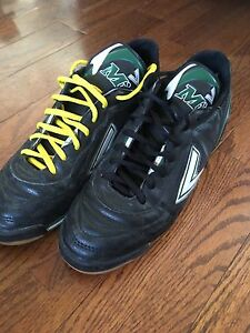US size 9.5 indoor soccer shoes