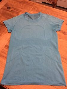 Lululemon Swiftly t shirt size 10