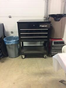 snap on tool cart (cooler)