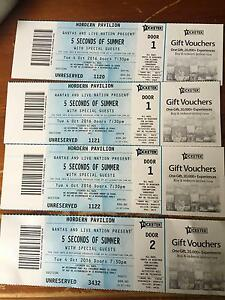 4 x 5 seconds of summer tickets Bonnells Bay Lake Macquarie Area Preview