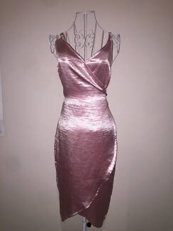 Factorie Satin Pink Dress in great condition, Size S