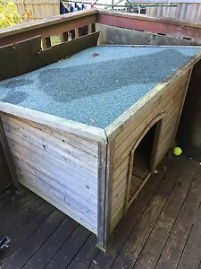 Dog house kennel and trampoline Asquith Hornsby Area Preview