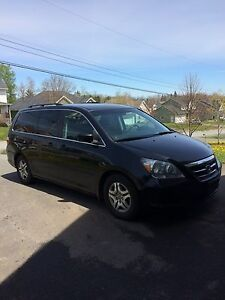 2007 Honda Odyssey-Leather, DVD...