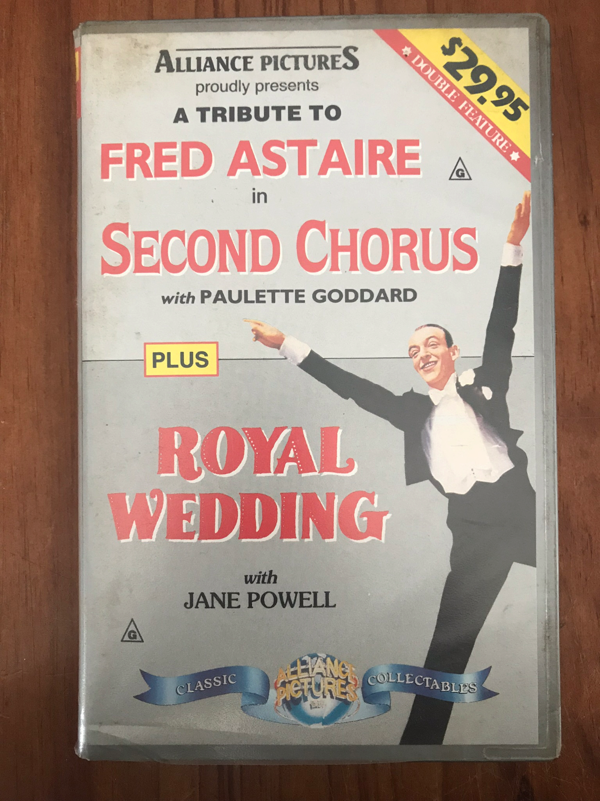 SECOND CHORUS and ROYAL WEDDING 2 MOVIES FRED ASTAIRE AS NEW PAL VHS VIDEO