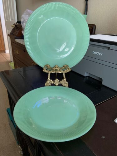 """Jadeite Green (Early Mark) (4) Jane Ray Oven Fire King Glass 9"""" Plates"""