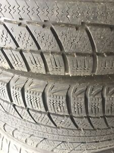 4 winter pour h    Winter tiers Pontiac vibe with rims
