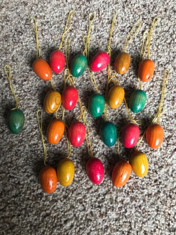 (22) Vintage Style Decorated Easter Egg Tree Ornaments