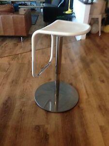4 bar stools/kitchen bench stools Kardinya Melville Area Preview