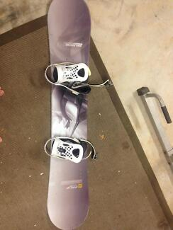 Avalanche Snowboard + 2 pairs of burton snowboard boots