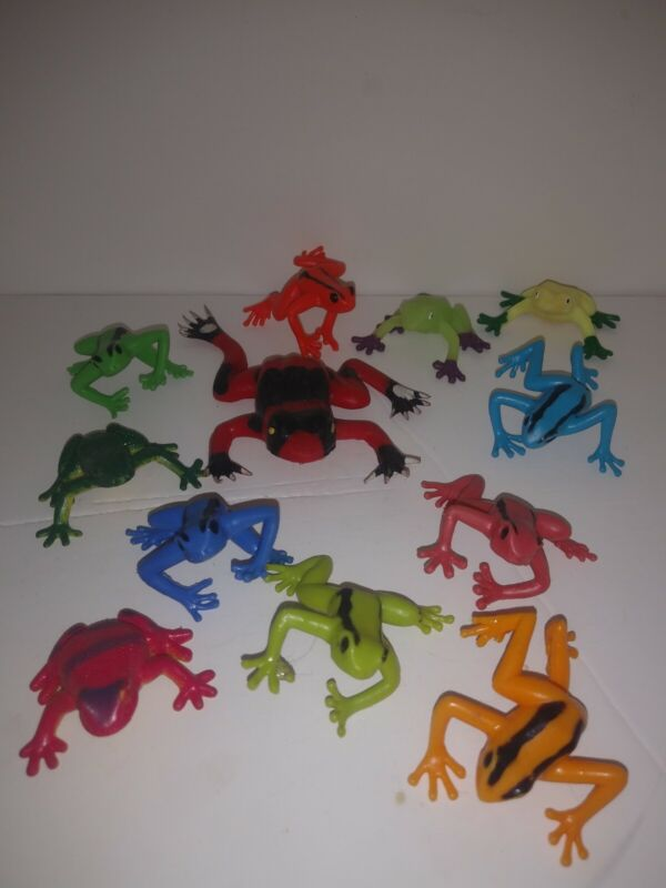 """Group of Various Frogs Some JARU ; 1.5"""" Mini Figures ; Vending Machine Toys"""