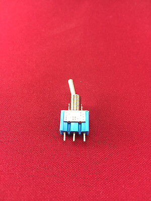 Spdt Onon Panel Mount Miniature Toggle Switch 6a125vac