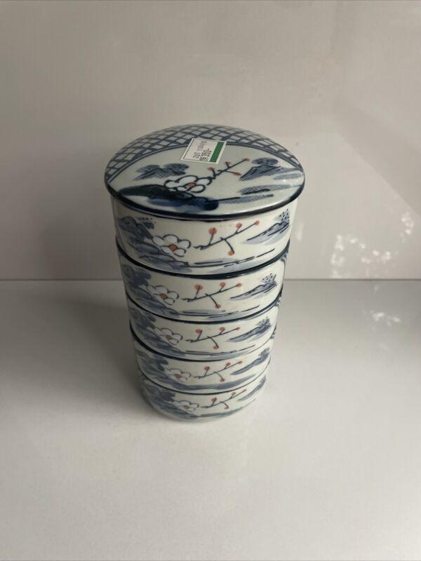 Vintage ? Antique ? Japanese Porcelain 5 Stacking Bowls, Blue with Floral & Lid
