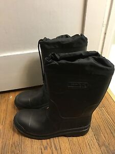 Kamik made in Canada size 12 winter boot mens