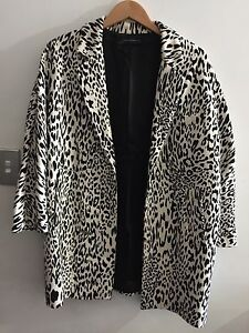 Zara black and white Jacket size USA large  $60 Scarborough Stirling Area Preview