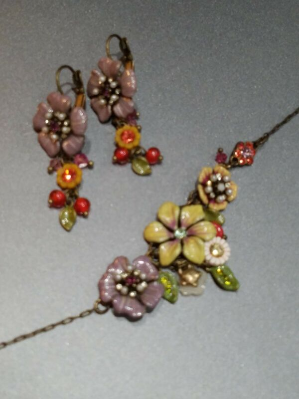 Les Nereides Vintage Necklace and Drop Earrings Flowers, berries, and leaves