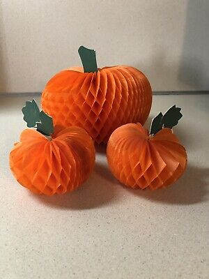 Vintage Hallmark Halloween Honeycomb Tissue Paper Pumpkins Set Of 3