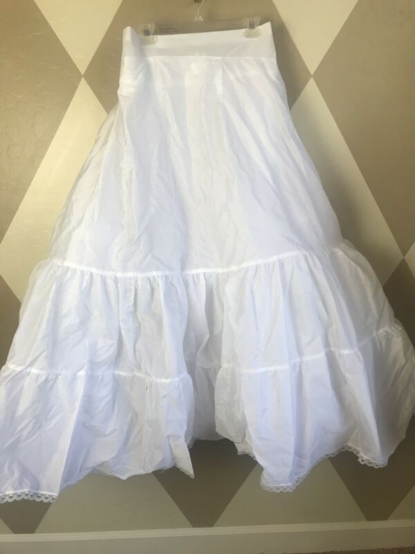 Bridal Sz 30W  Fit Flare Crinoline Wedding Formal White Slip Style 9603 Tiered