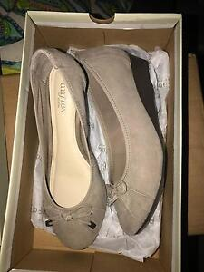 Air flex ladies shoes Pakenham Cardinia Area Preview