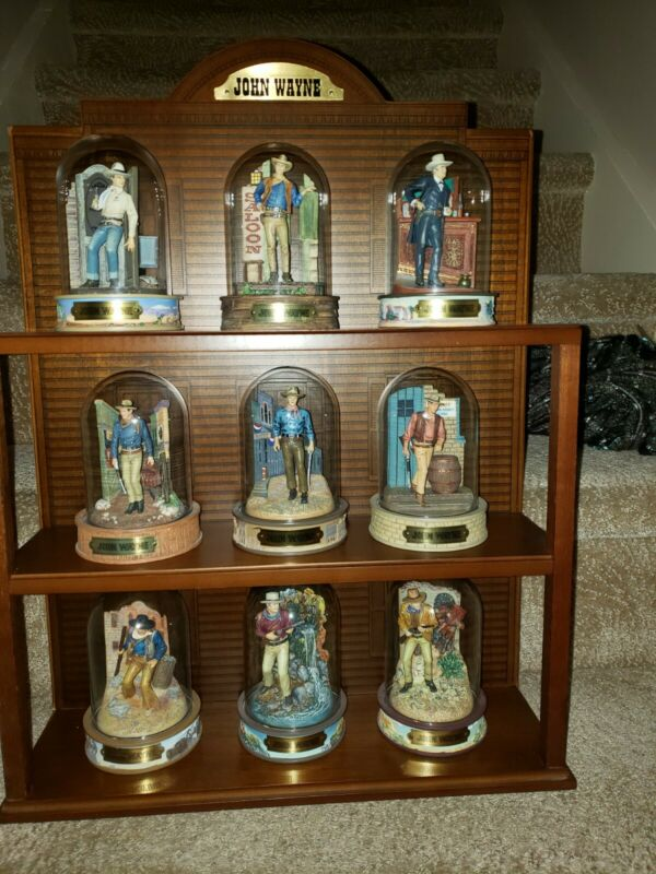 John Wayne Franklin Mint Miniature Portrait Sculpture Collection with display