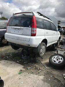 Honda hrv 2002 wrecking all parts available Dallas Hume Area Preview