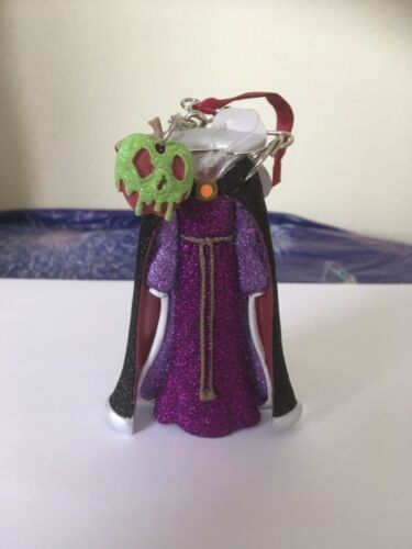 Disney Parks Evil Queen Dress Hanger Outfit Poison Apple Ornament Brand New 🏷 *