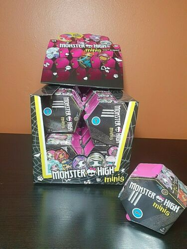 Monster High Collectibles Season 1, Halloween Gifts, Trick or Treat, Lot=20, New