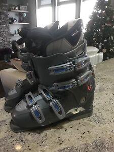 Women's size 40 Nordika Ski Boots - LIKE NEW!