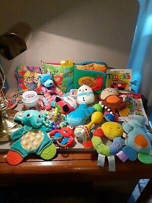 Lot 20 Baby Toddler High Contrast Developmental Toys