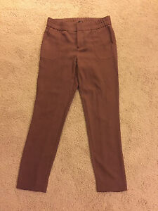 Dusty rose tapered Gap pants