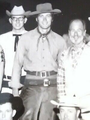 1959 SAHARA LAS VEGAS CLINT EASTWOOD PICTURE GREAT FOR ANY VINTAGE COLLECTION!