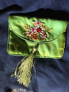 Asian Style Green Coin Purse