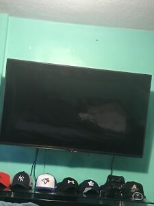 "LG 55"" LED TV FULL 1080P"