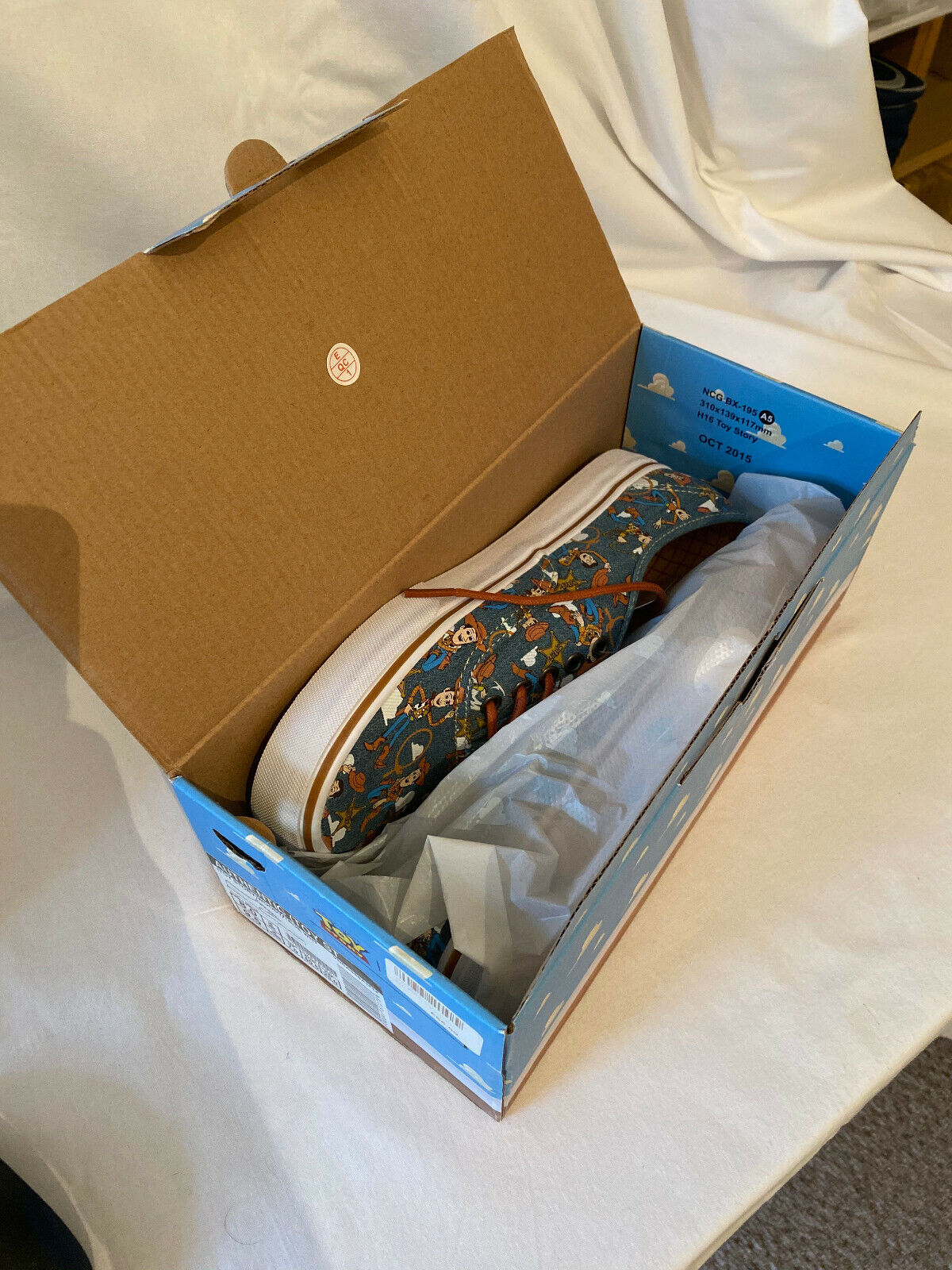New Vans X Toy Story Pixar Woody Rare Disney UK7 US8 *BNIB*