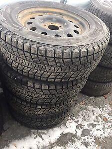 rim et pneu hiver 265/75r18  f150